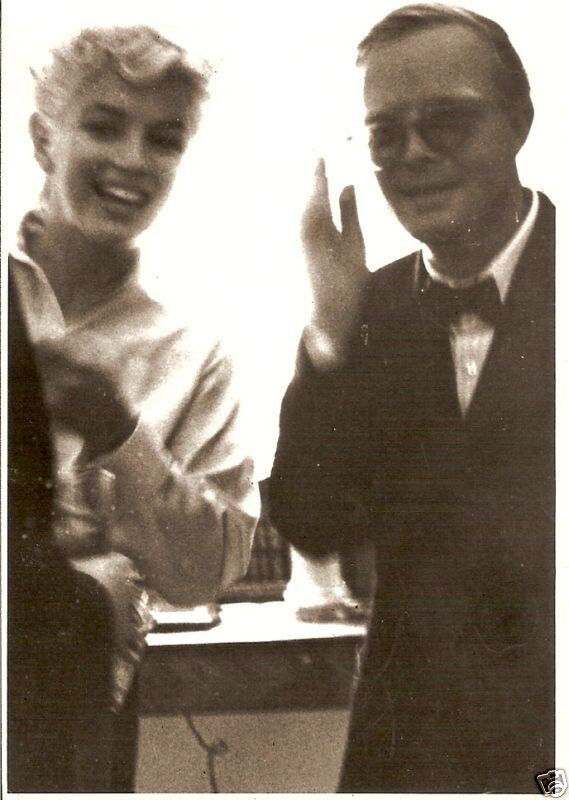 1955s-MM_white_blouse-with_truman_capote-1