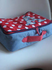 VALISE_ROUGE_A_POIS_002
