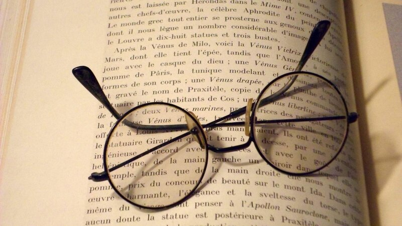 le-scribe-a-lunettes-clermont-l-herault-1360573708