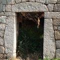 Porte à linteaux, grand sud Corse...