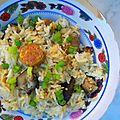 Florilège. envahie par les mouches. riz étuvé aux saucisses lap xuong et shiitaké..