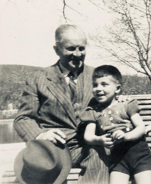 Paul-carayon-son-petit-fils-Michelavril-1944
