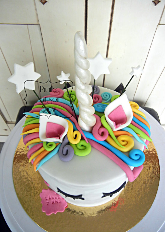 gateau licorne surprise prunillefee 2