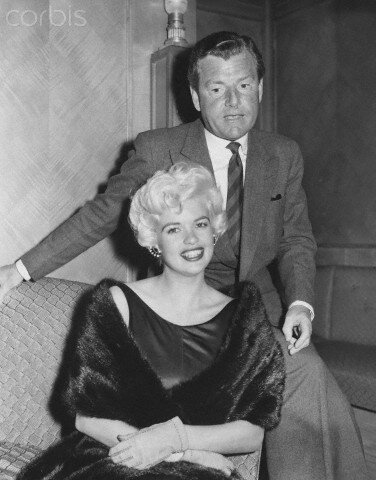 jayne-1958-london-dorchester_hotel-with_kenneth_moore-promo_sheriff-1
