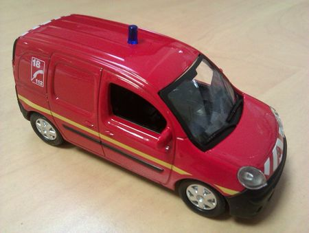 Renault Kangoo Pompiers_02