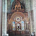 Beauvais - l'horloge astronomique de la Cathédrale datée 1978