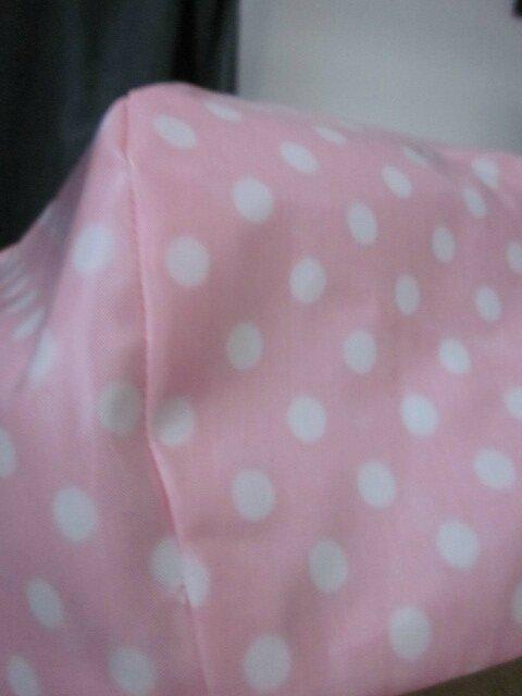Chapeau de pluie AGATHE en coton enduit rose malabar à pois blancs (4)