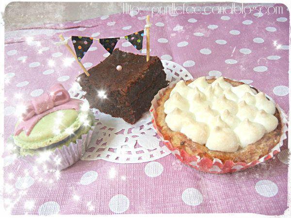 whimsical mini cakes