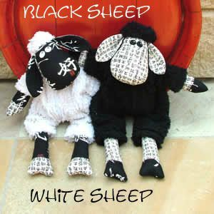 mellyandme_black_sheep