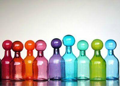 frascos de cristal de colores