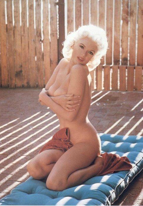 jayne-1957-by_william_r_woodfield-playboy-1-3