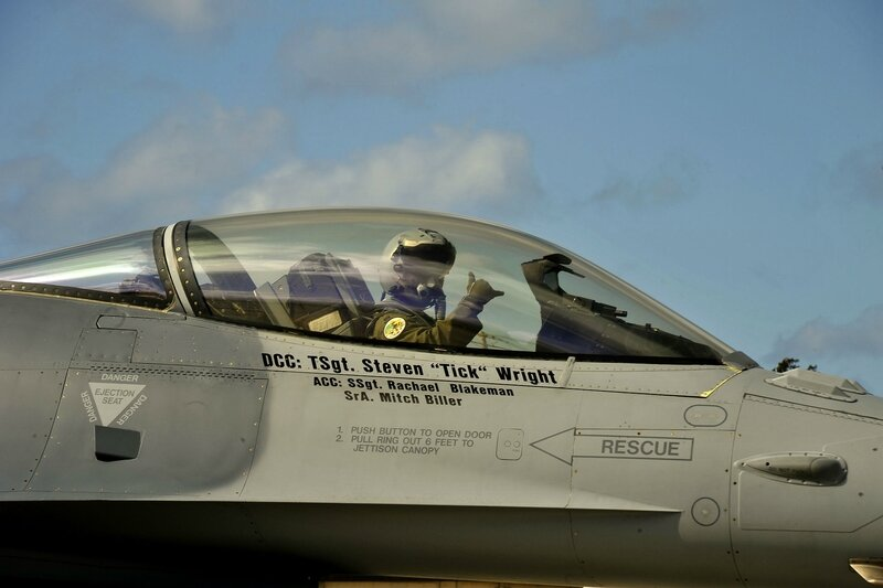 180th_Fighter_Wing_participates_in_Sentry_Aloha_140314-Z-ZJ624-352