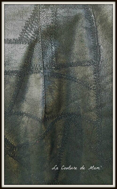 Jupe noire en simili-cuir