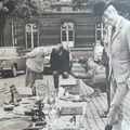 Hergé sur le marché place du jeu de balles. Le même marché où Ti