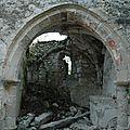 Petite chapelle effondrée