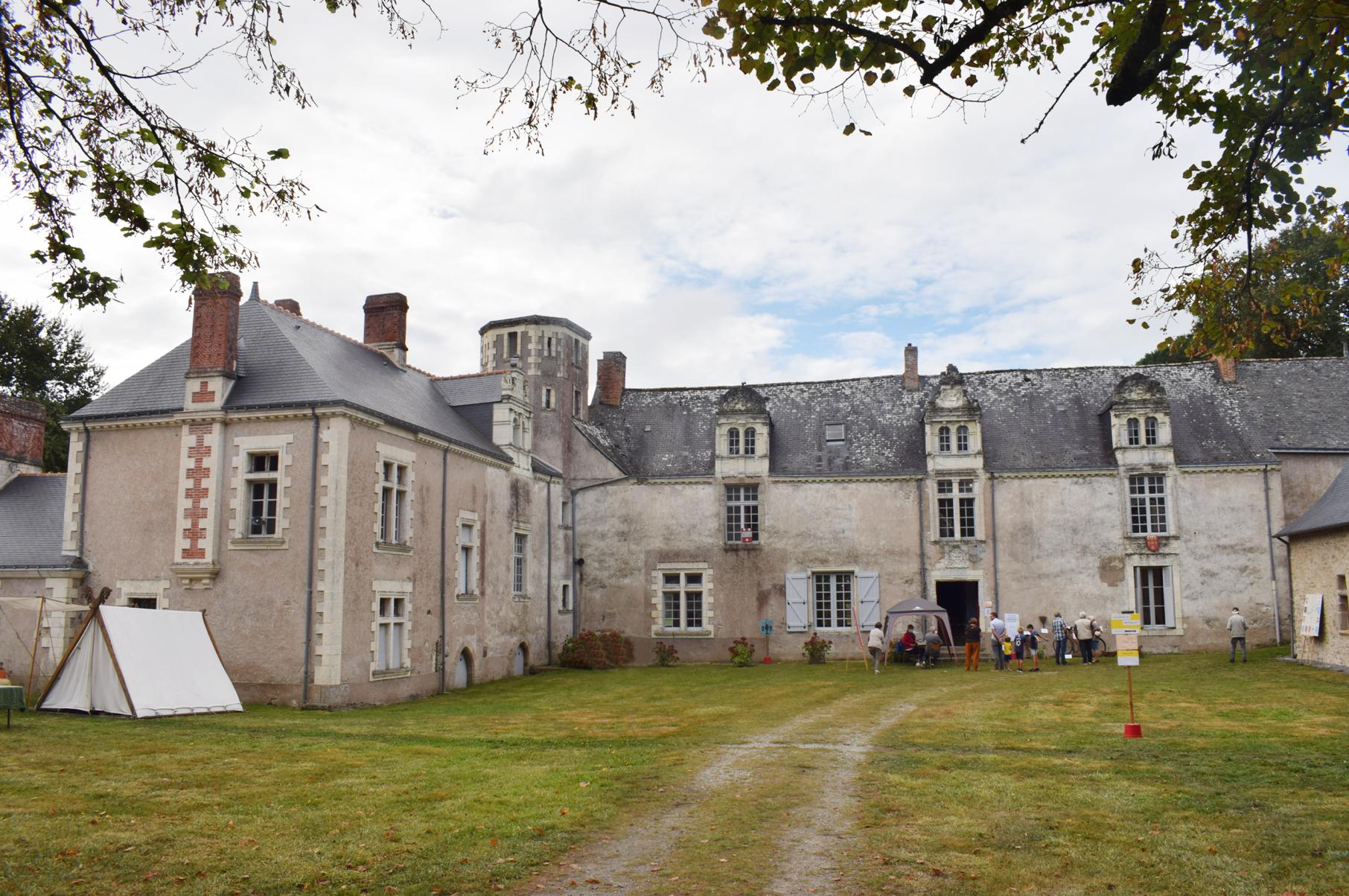 À la découverte du château de l'Escurays