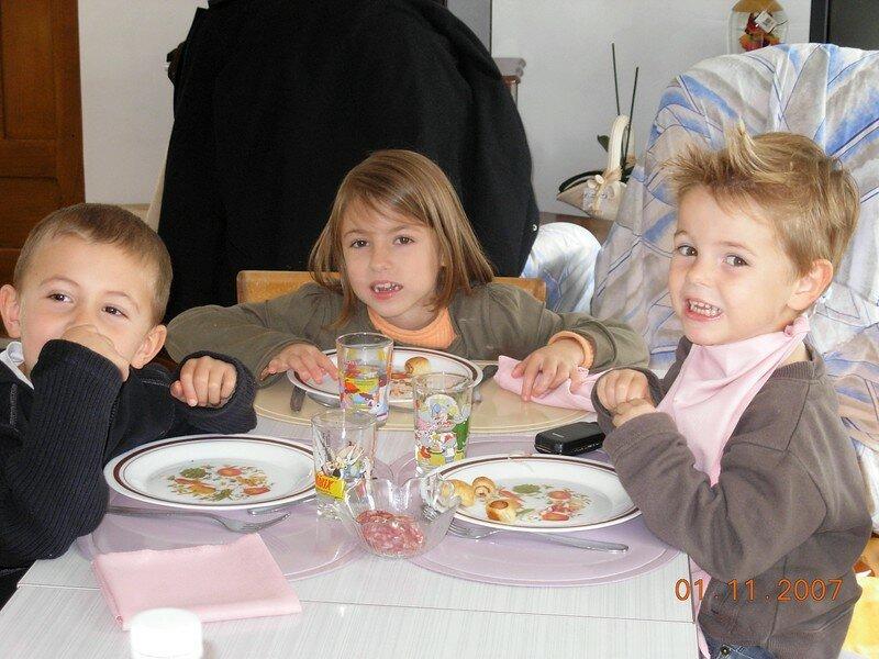 Titouan, Eve et Thomas (leur cousin)