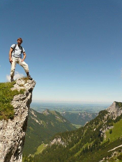 mountain-3387_640