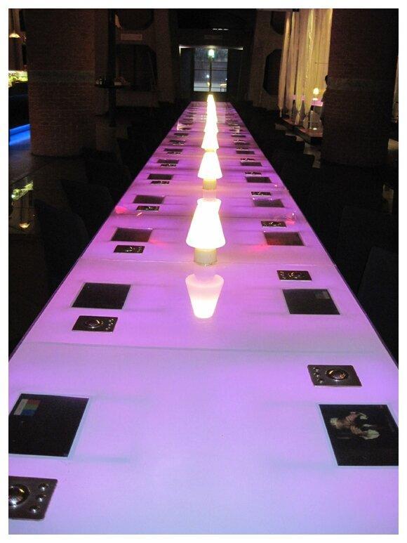 Musée du cinéma : table changeante
