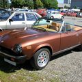 Fiat 124 spider version US (RegioMotoClassica 2010) 01
