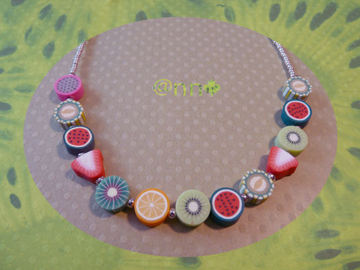 Collier simple rang fruits fimo (N)