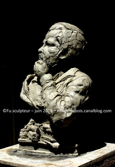 Fu - artist sculptor - création - art - sculpture -clay - bust - portrait - Balzac - project monument - Tours - France -2018