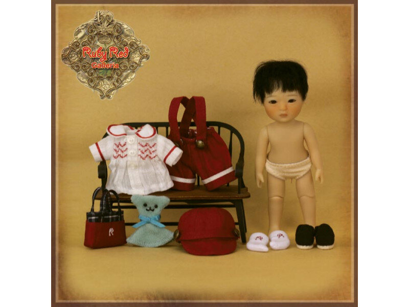 poupee-shan-1ere-edition-ruby-red-galleria (1)
