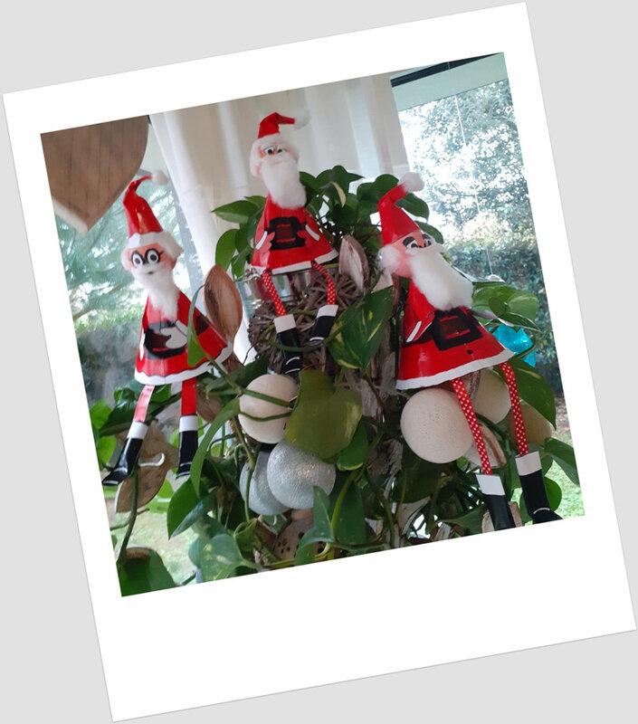 363- Noël et Nouvel an-Père-noël surprise -les 2 (12)