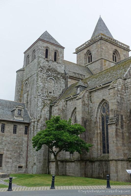 Tréguier cathédrale