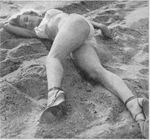 1951_Anthony_Beauchamp_pin_up_beach_053_010