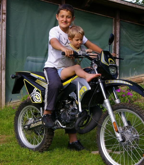 2008 06 T et R moto