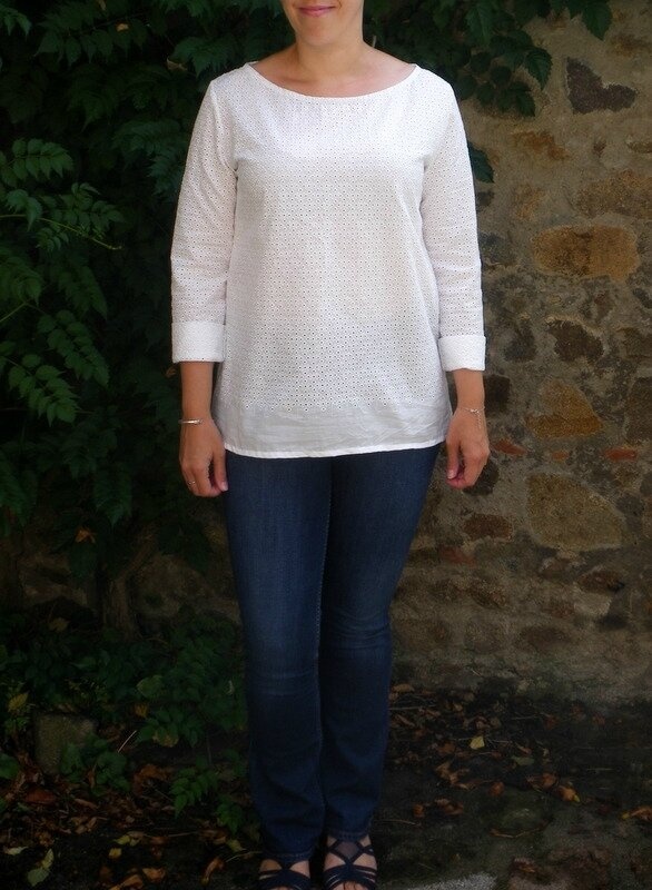 Confortable broderie anglaise (2)