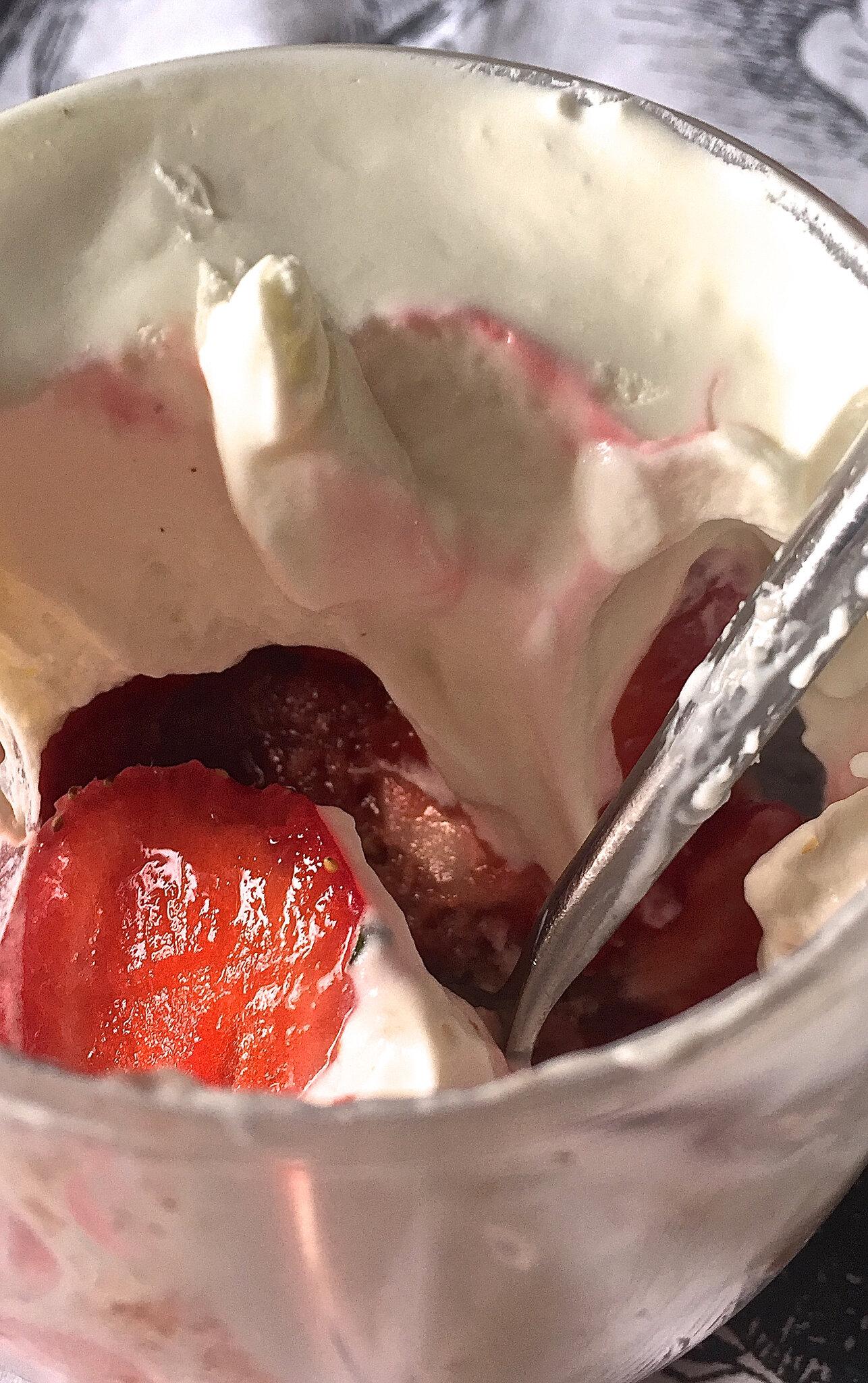 verrines avec restes du fraisier 2018