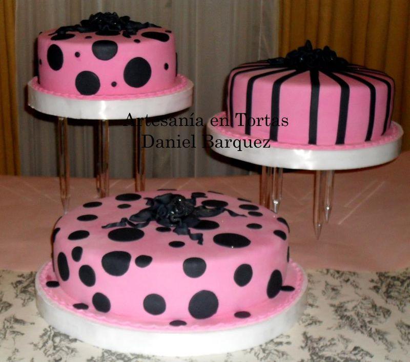 Inspiration mariage carnet rose fuchsia et noir cereza l 39 atelier du bouquet de mariage for Deco table rose et noir