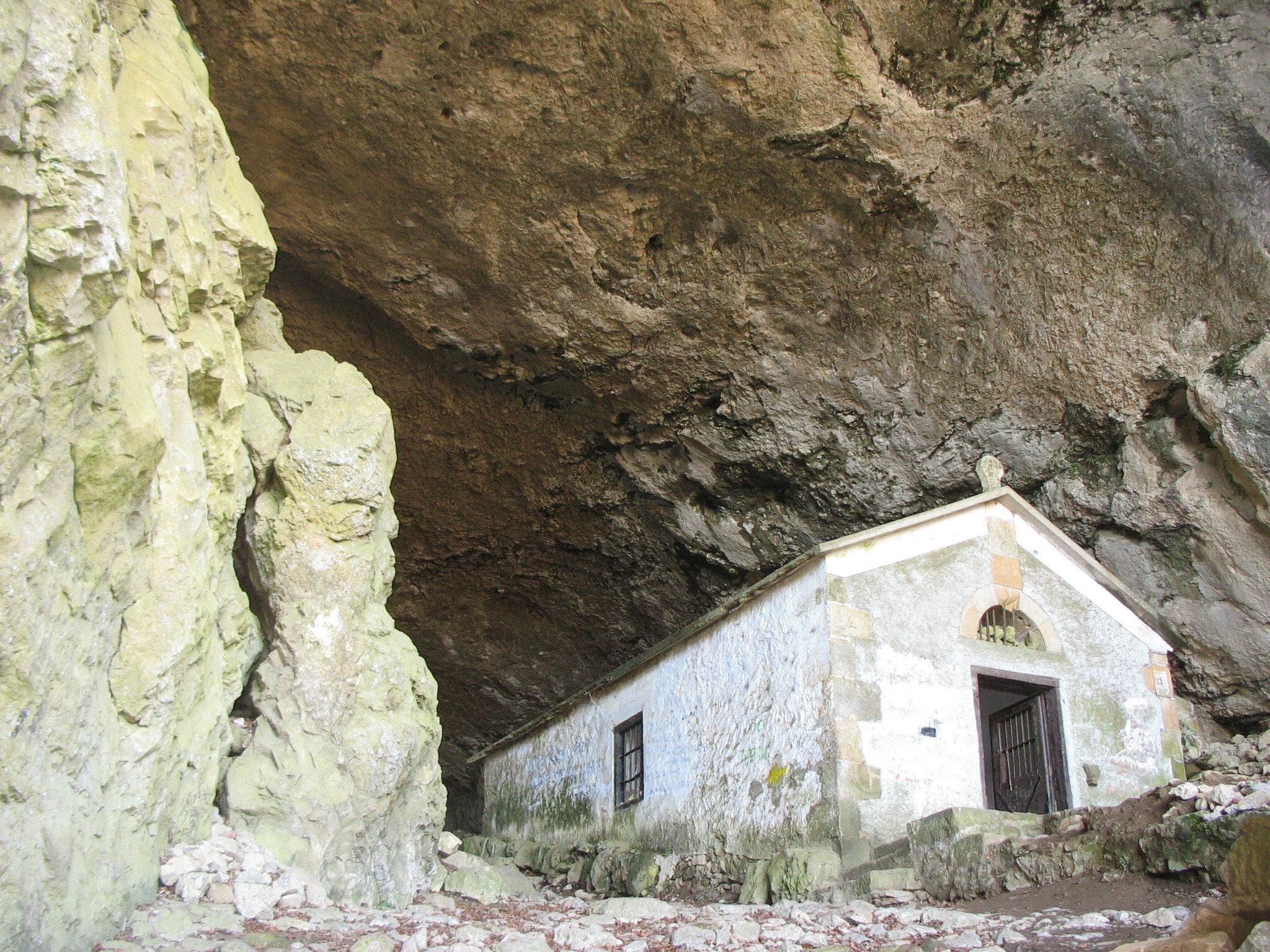 Tunnel San Adrian, ermitage (Espagne)