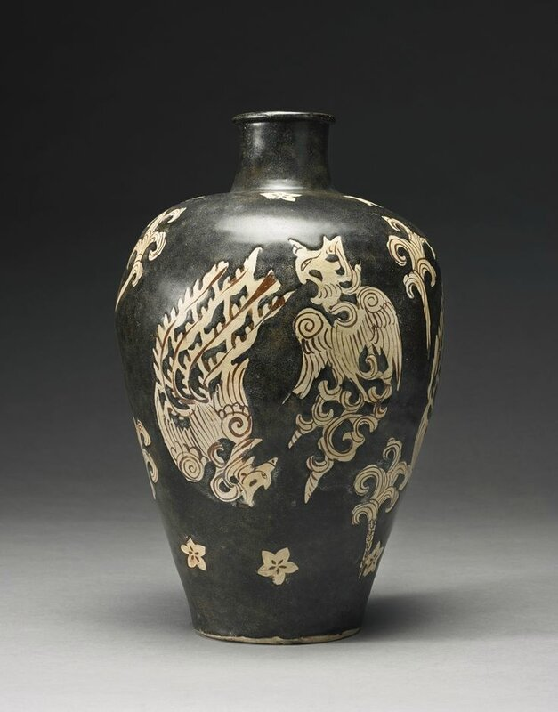 A large and unusual 'Jizhou' 'phoenix' meiping, Southern Song dynasty 1