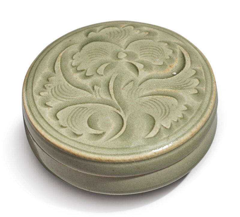 A small carved 'Yaozhou' box and cover, Northern Song dynasty (960-1127)