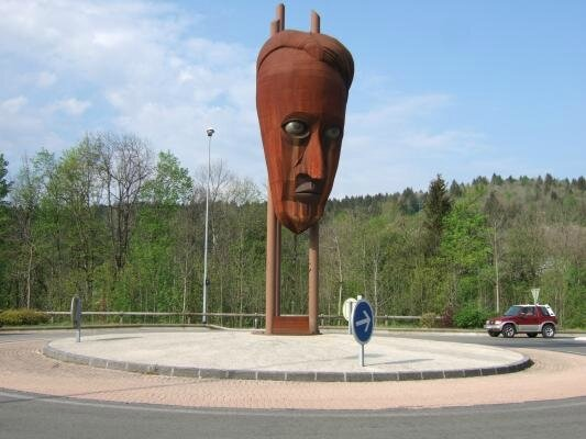 Pontarlier rond point Malraux