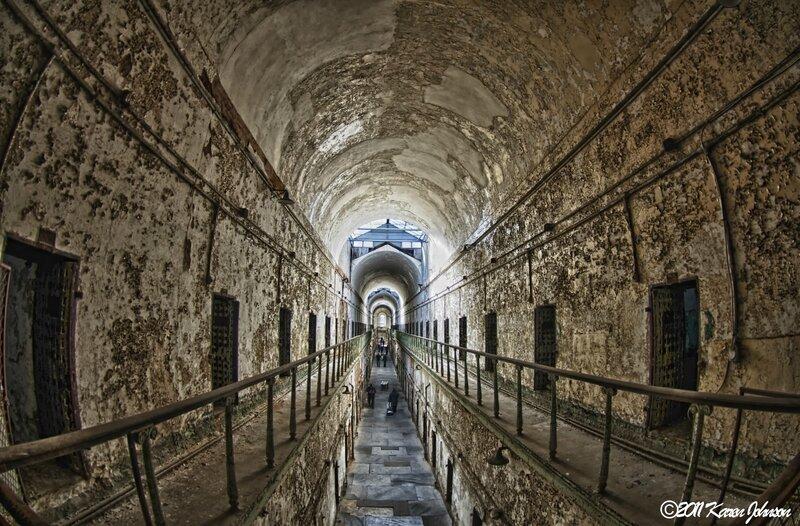 golden-hallway