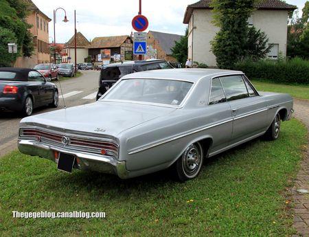Buick skylark 2door hardtop coupé de 1965 (Retrorencard aout 2012) 02