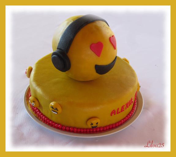 Gâteau Emoji Gâteaux En Fête De Lilou 25