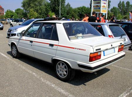 Renault_9_turbo_phase_1__1981_1986__Rencard_Vigie_mai_2011__02