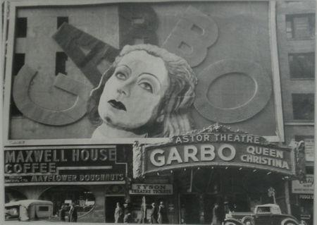 Jansen_Garbo_at_the_Astor_T