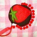 Porte monnaie fraise