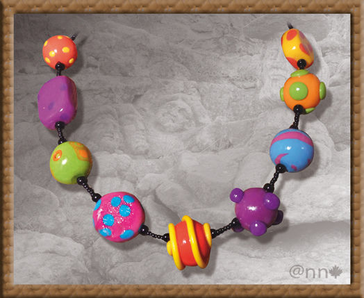 Collier multicolore n° 1 (N)