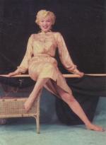 1954-09-10-NY-Gold_Dress-013-1