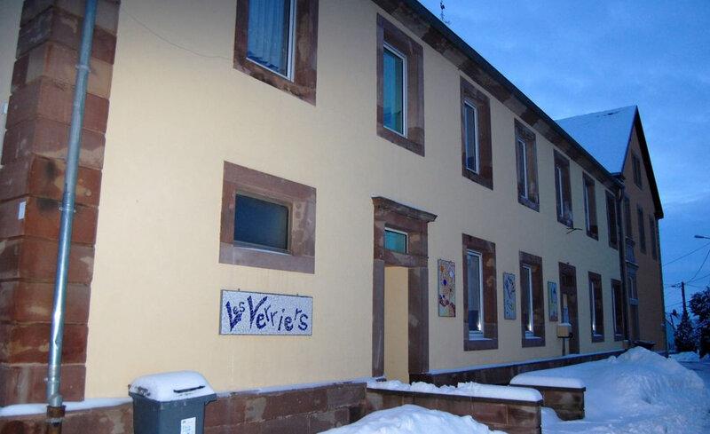 idata-3919927-Lemberg-Ecole-sous-la-neige--2-