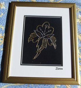 Fleur stylisee cadre-001