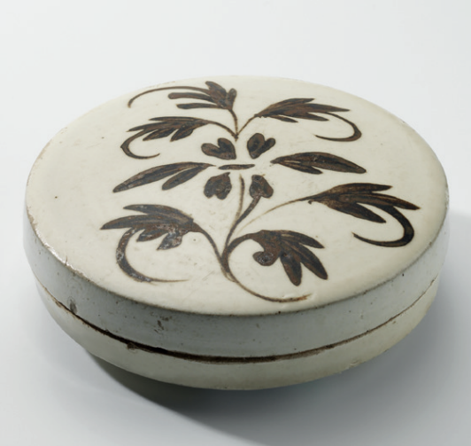 A Cizhou painted 'floral' circular box and cover, Northern Song-Jin dynasty (960-1234)
