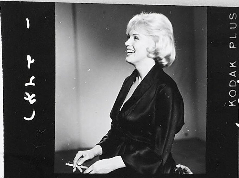 1959-12-lets_make_love-test_hairdress-042-studio-MM-010-1